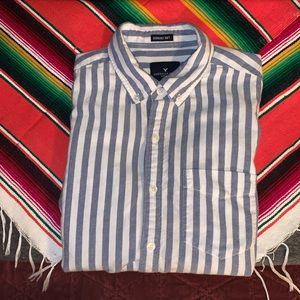 American Eagle | Men's Small Button Up
